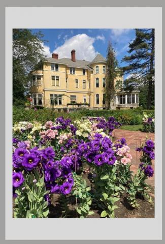 Deere Wiman House and garden
